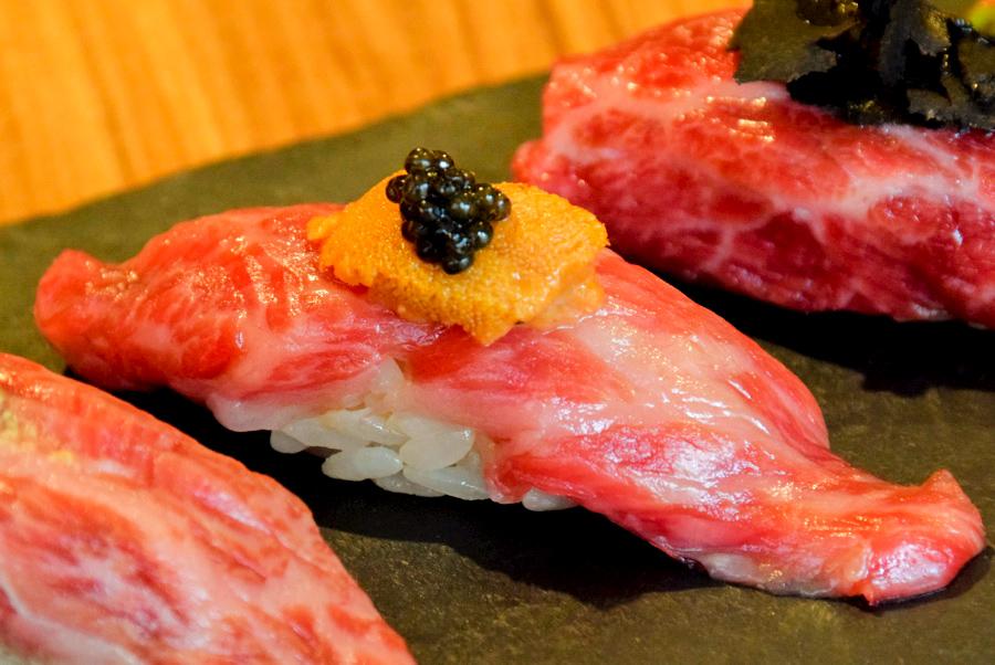恵比寿kintan 和牛の雲丹キャビア寿司