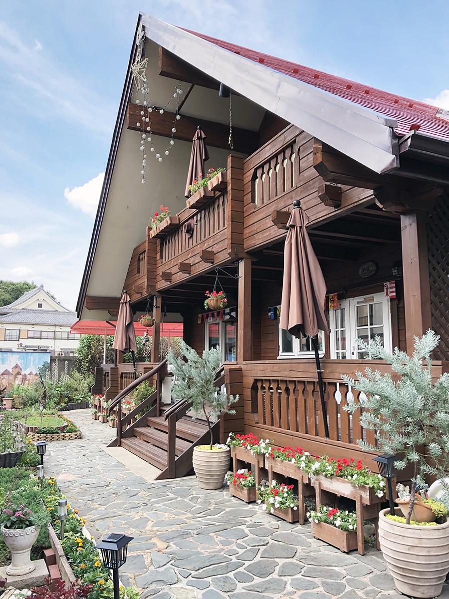 スイス風ログハウスのカフェ シャレー スイス ミニ_外観