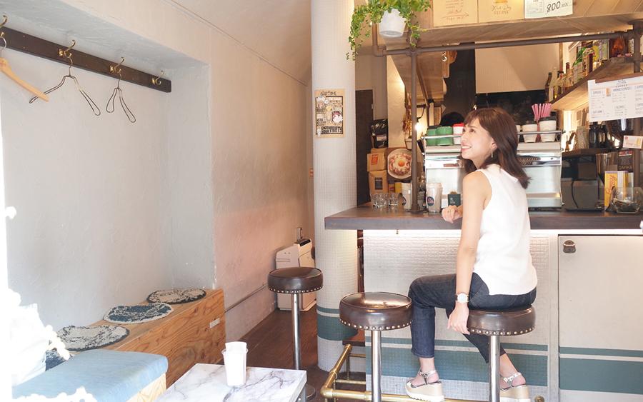 PELLS coffee &bar内観