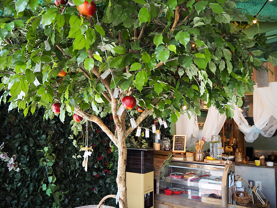uki-uki cafeりんごの木