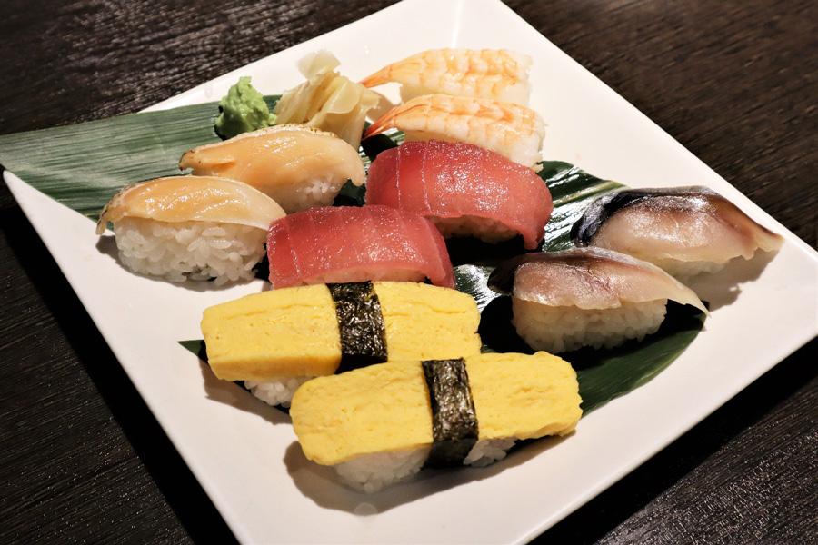 バイキング喰喰お寿司