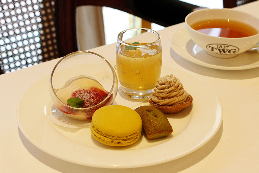 TWG Tea 「ティーブランマンジェ 季節のフルーツソース添え」「ティー&スパークリングワインジュレ」
