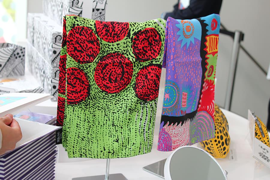 草間彌生美術館 スカーフ