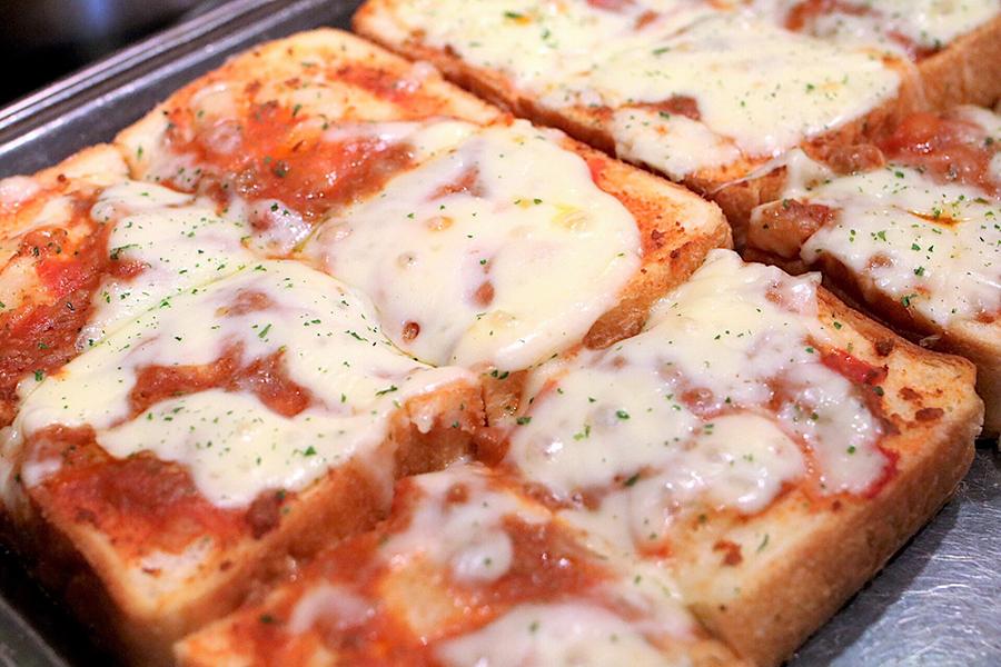 ミートピザ