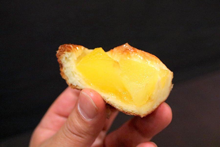 たっぷり青森りんごのパン