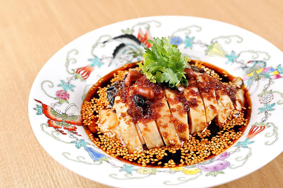"""中華香彩 JASMINE広尾本店 JASMINE 名物""""よだれ鶏""""蒸し鶏の特製香ラー油"""