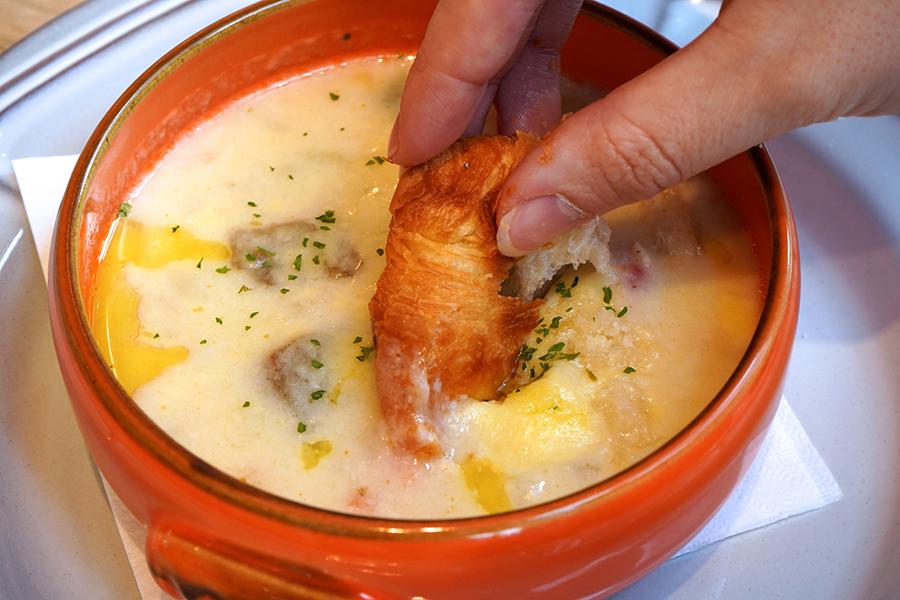メゾンカイザーTable 渋谷ヒカリエ店 スープ