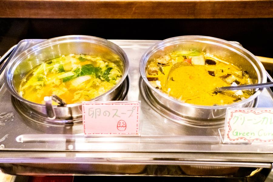 ASIAN TAWAN 神楽坂 「グリーンカレー」と「卵のスープ」