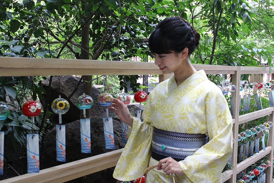 福徳神社 森の風鈴小径