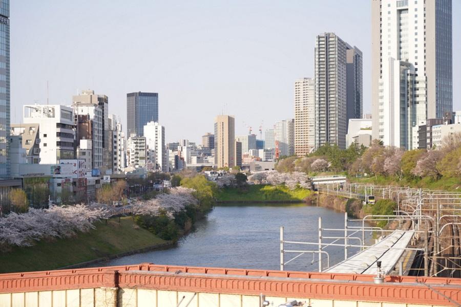 JR市ケ谷駅付近