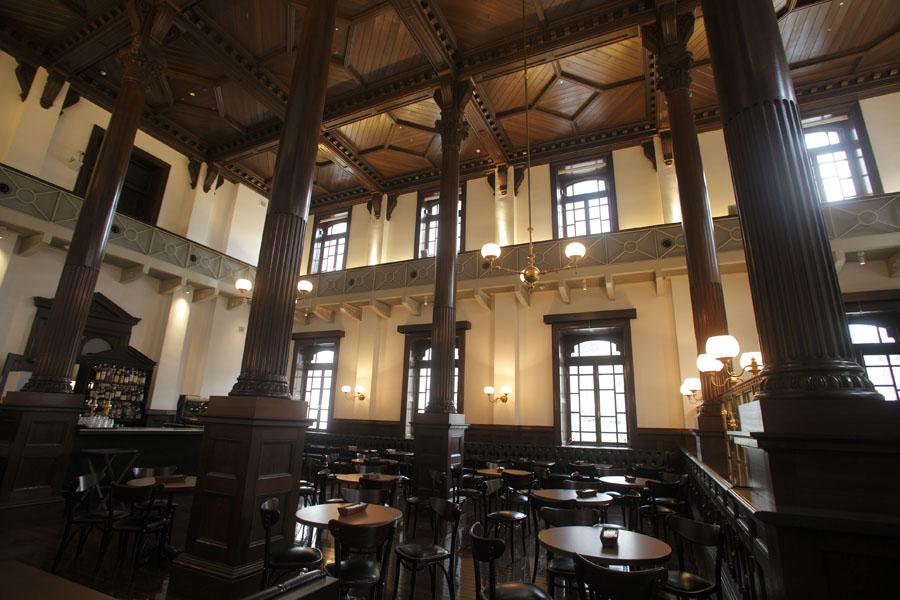 美術館カフェ