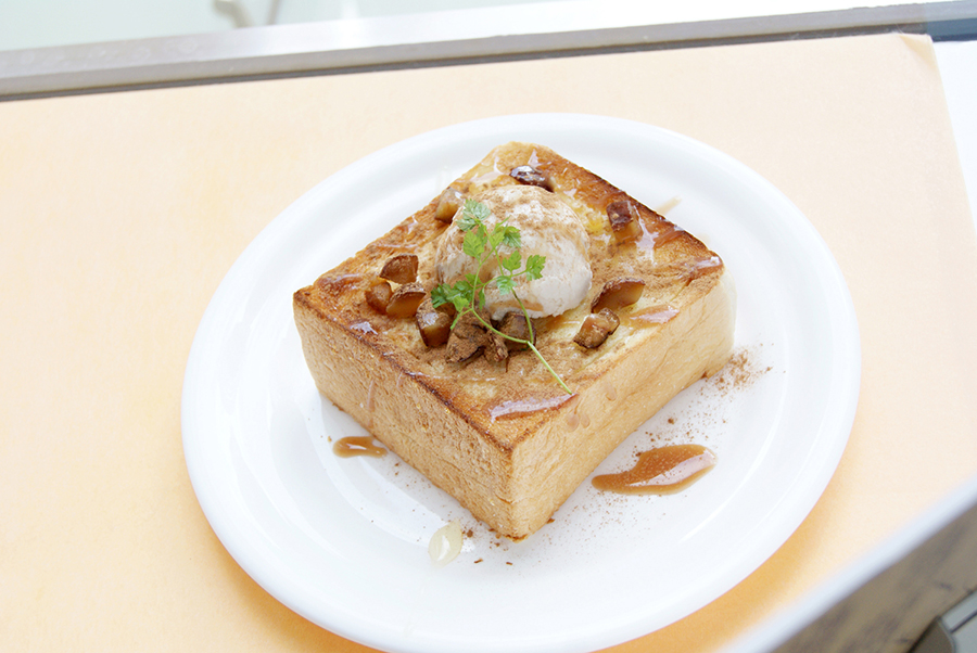 Caffé di FESTA「シナモントースト マロンアイストッピング」(ドリンク付730円)