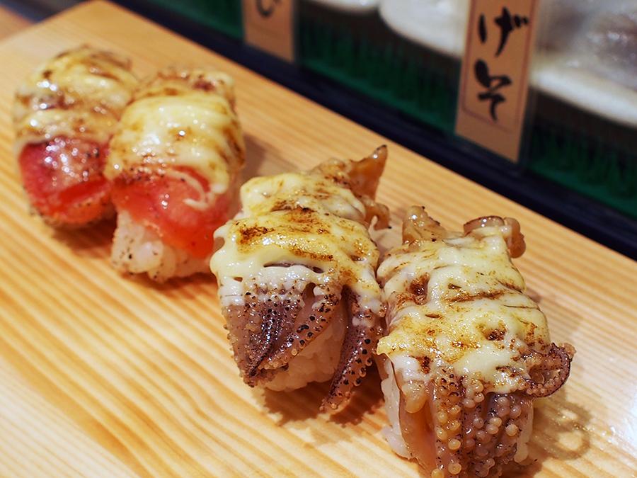 とれたて立喰い寿司 魚がし日本一 渋谷道玄坂店 「炙りげそマヨネーズ」「炙り明太マヨ」