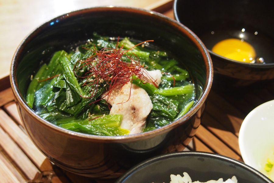 Cuisine de HARUNO 表参道「ほうれん草と豚肉のコラーゲンしゃぶしゃぶ」(1,000円)