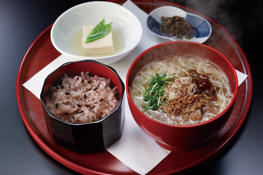 汁や 東京駅店