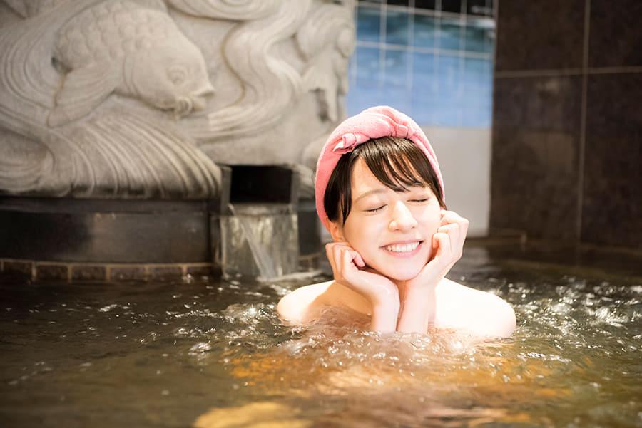 はすぬま温泉 緑茶色のお湯