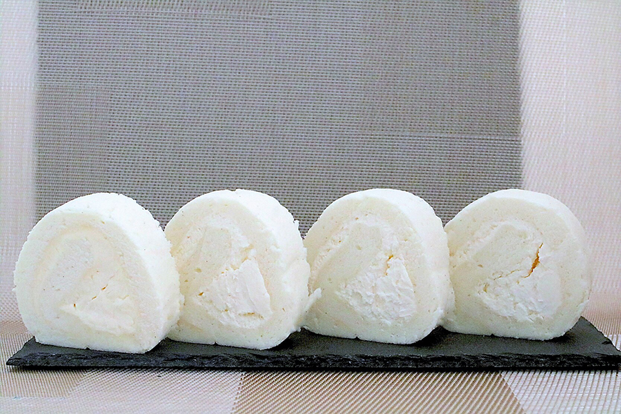 ARINCO 小石川工場前店「バニラロール」(税抜き476円)