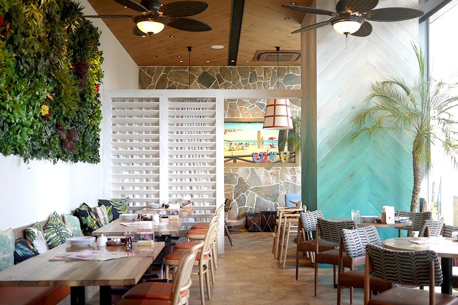 ハワイアンカフェ&レストラン メレンゲ みなとみらい店 店内