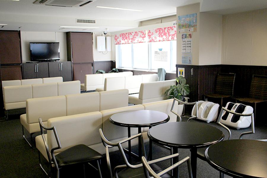 新宿VIPラウンジ 日本酒の棚