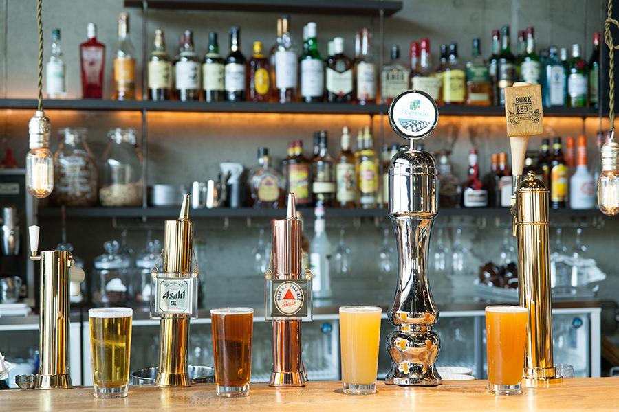 Nui. HOSTEL & BAR LOUNGEビール
