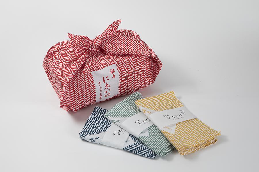 銀座に志かわ 本店「食パン専用風呂敷」(1,296円)
