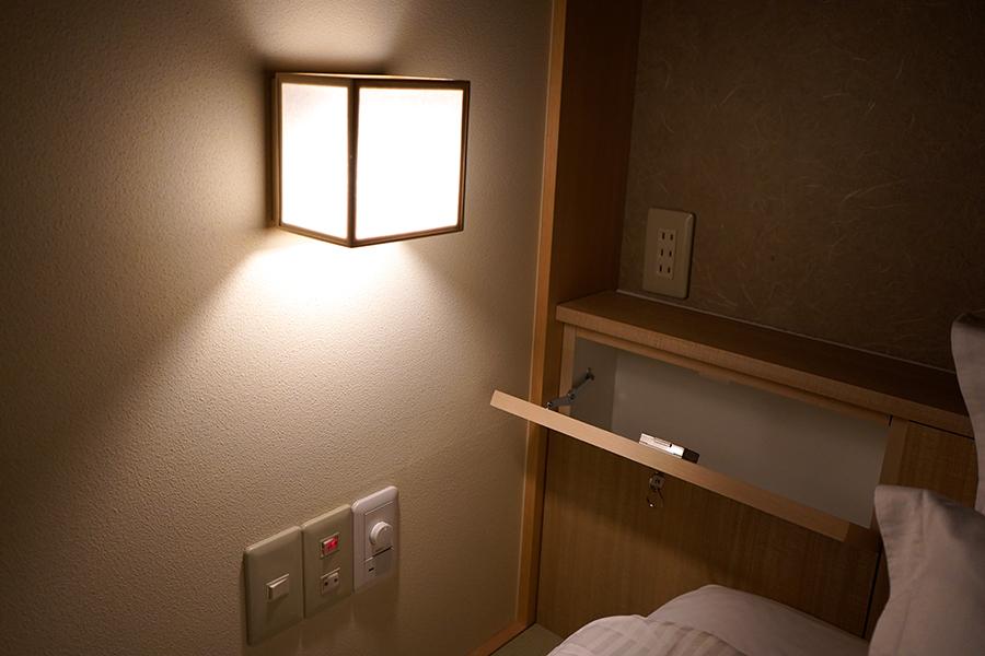 hotel zen tokyo カプセル内