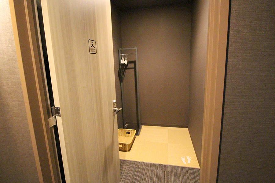 ファーストキャビン 東京ドームシティ プレミアムエコノミークラス更衣室