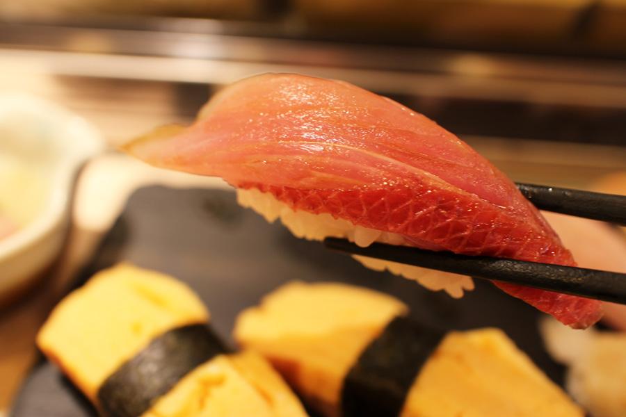 Sushi Bar にぎりて金目鯛