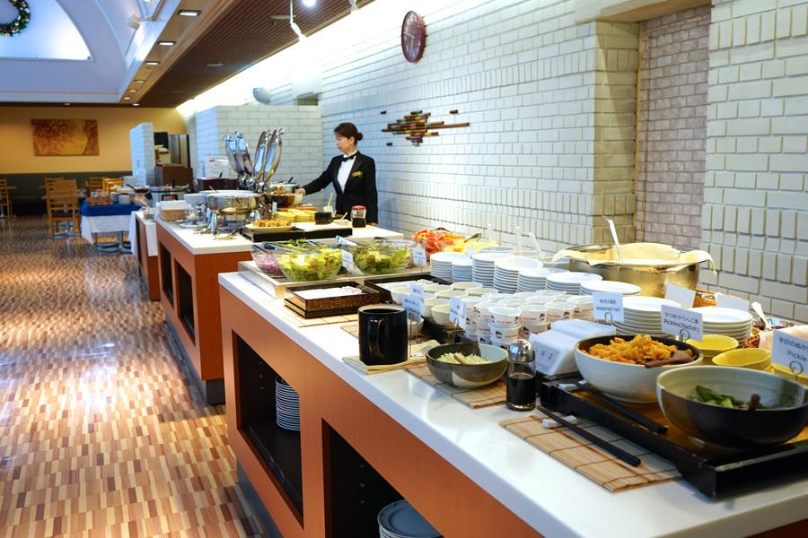 レストラン オーロラ朝食バイキング