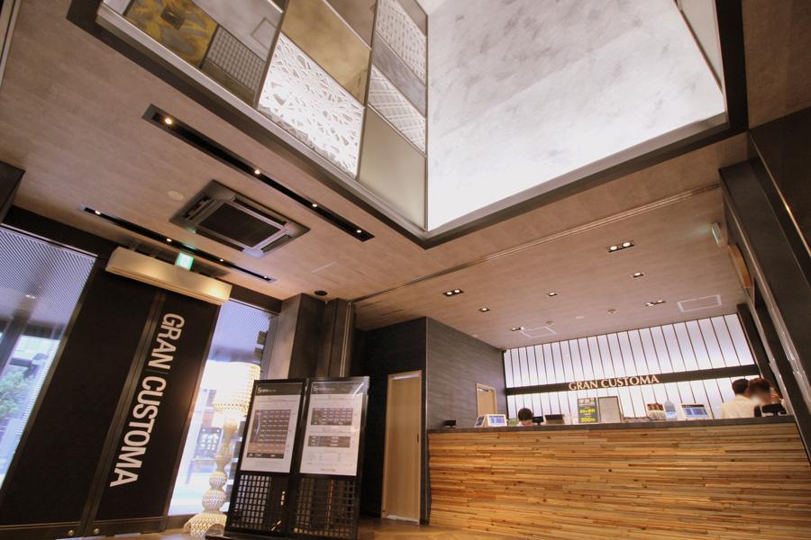 グランカスタマ 歌舞伎町店ロビー