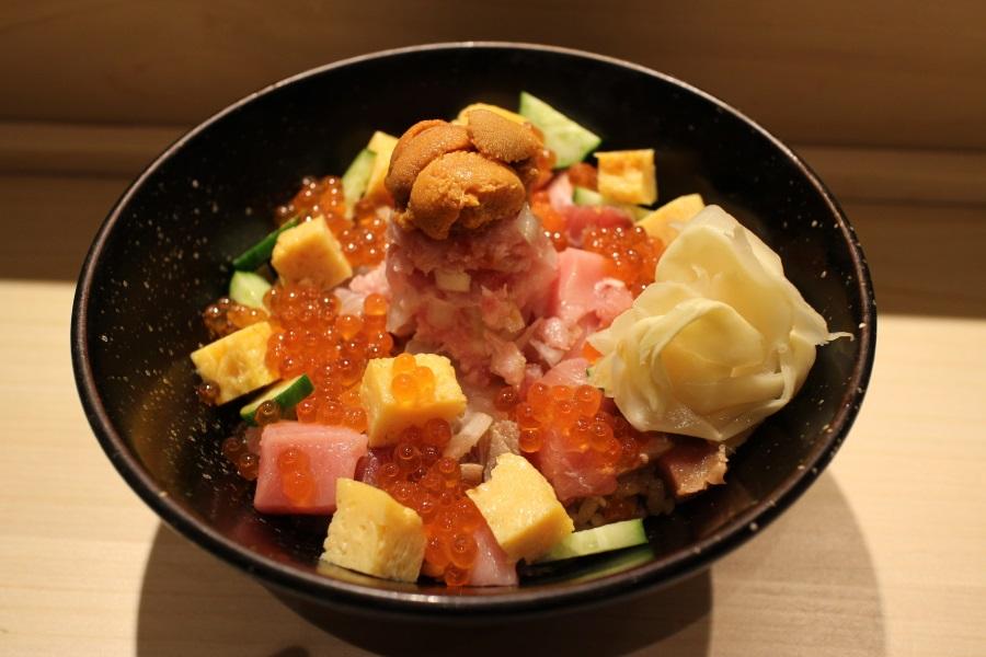 SUSHI TOKYO TEN、新宿店