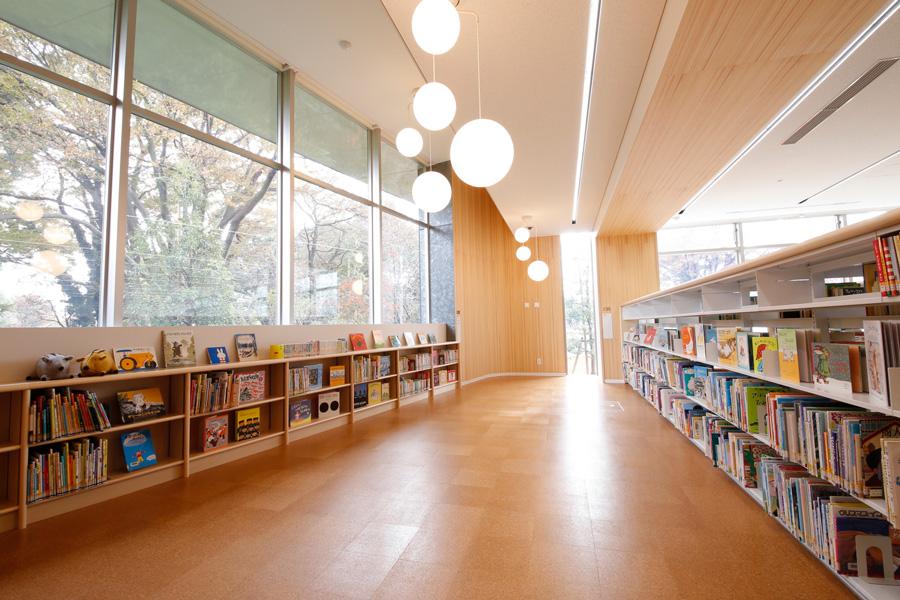 東京都立多摩図書館