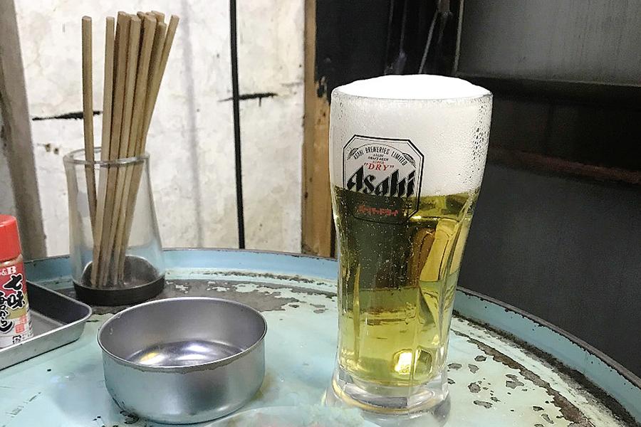 立飲み屋 大久 生ビール