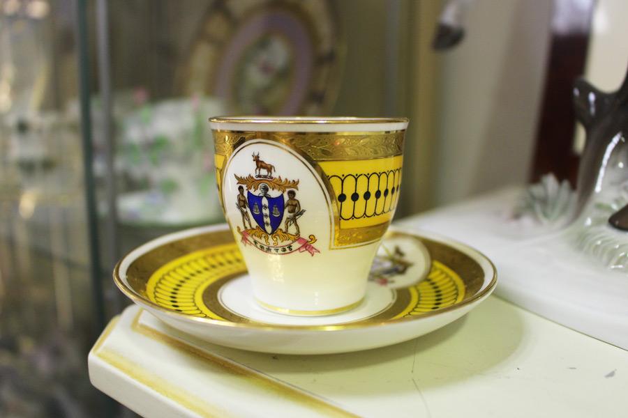 ティアドロップ 紅茶カップ
