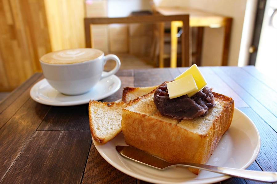 1ROOM COFFEEあんバタートースト