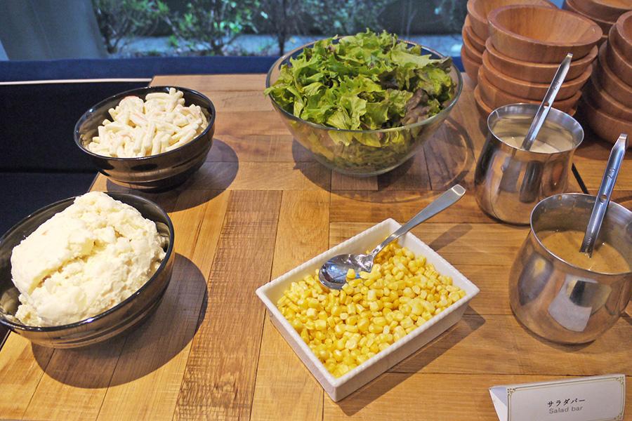 SUZU CAFE 六本木 サラダコーナー