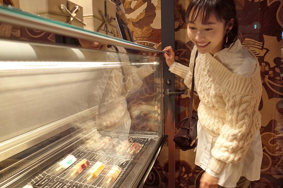 ジョウタロウ・サイトウ・カフェ銀座店 アイスケース