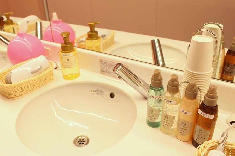 秋葉原BAY HOTEL 洗顔料、化粧水、乳液