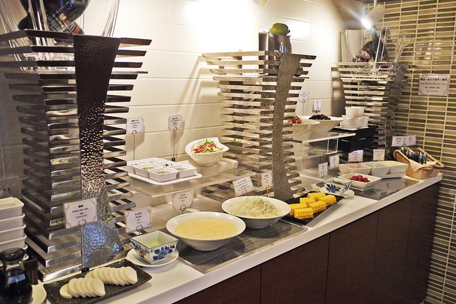 ボンサルーテ・カフェ 和食コーナー