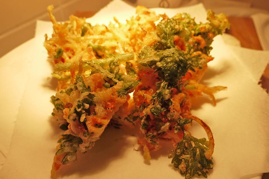 ボンサルーテ・カフェ 桜エビと玉ねぎの天ぷら