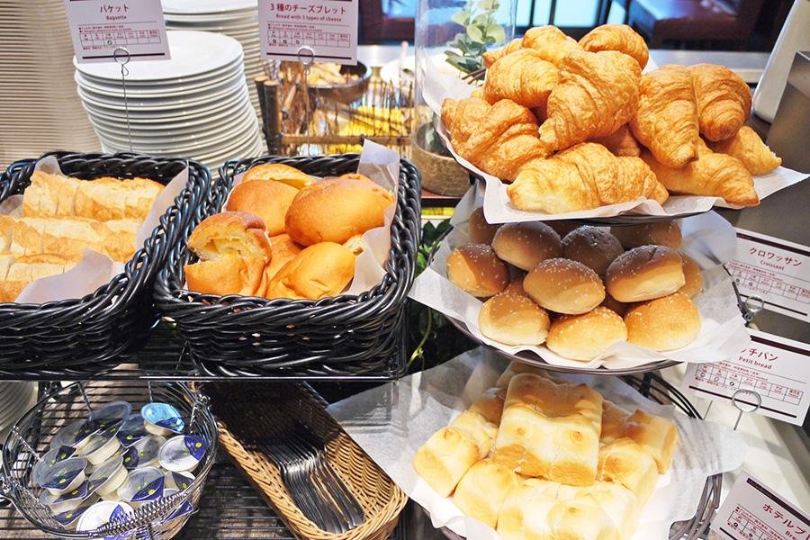 ITALIAN BUFFET and CAFE LA MAREA パン