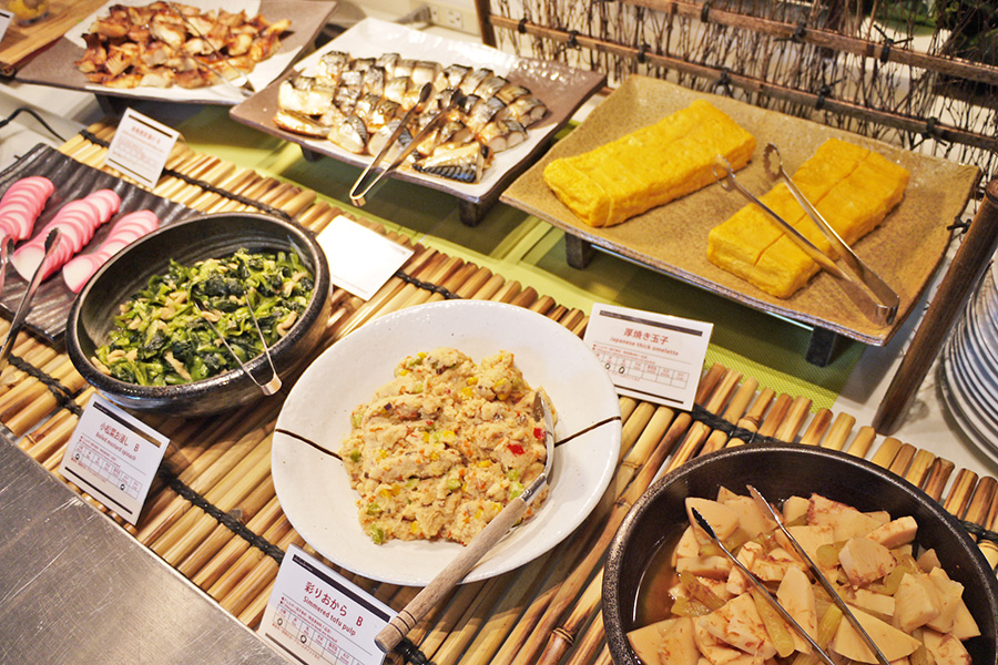 ITALIAN BUFFET and CAFE LA MAREA 和食