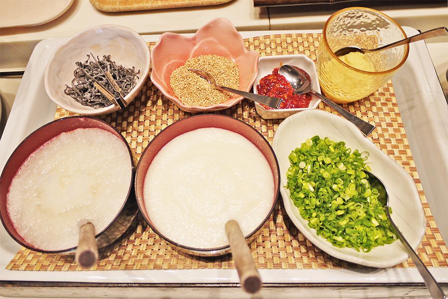 ITALIAN BUFFET and CAFE LA MAREA 薬味