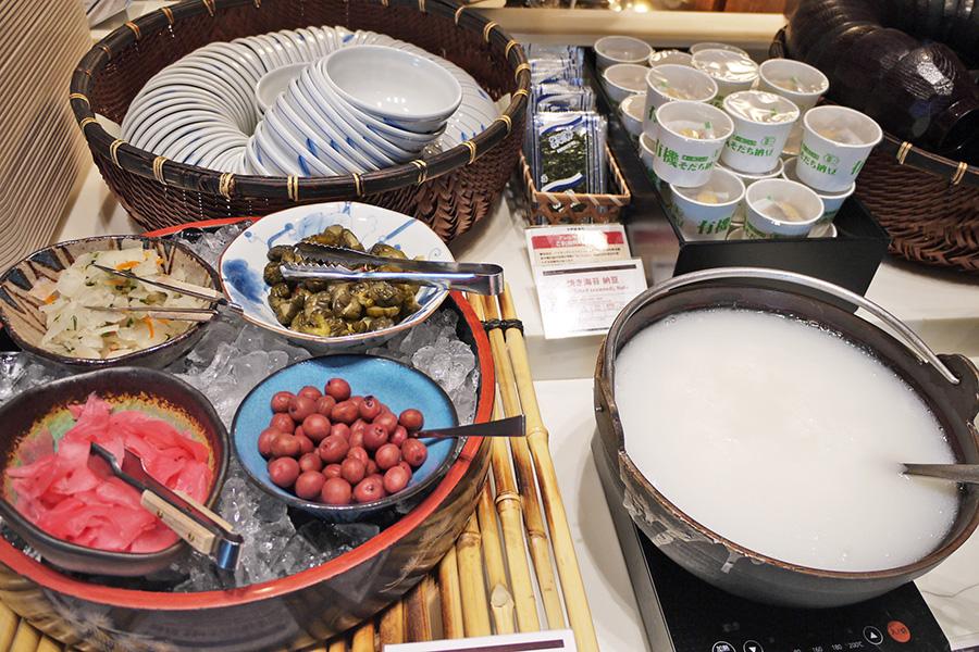 ITALIAN BUFFET and CAFE LA MAREA おかゆ