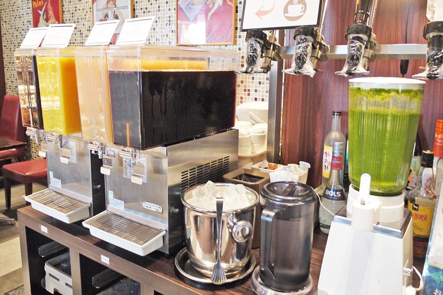 ITALIAN BUFFET and CAFE LA MAREA ドリンクコーナー