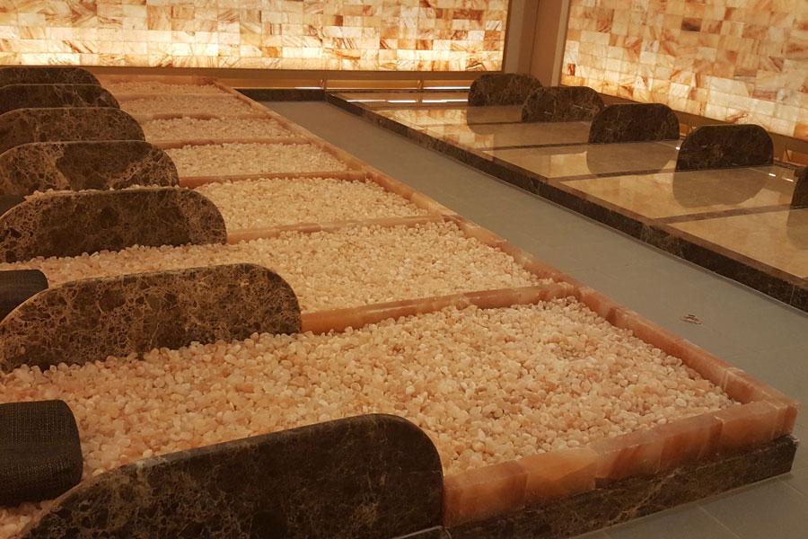 新宿天然温泉 テルマー湯 岩盤