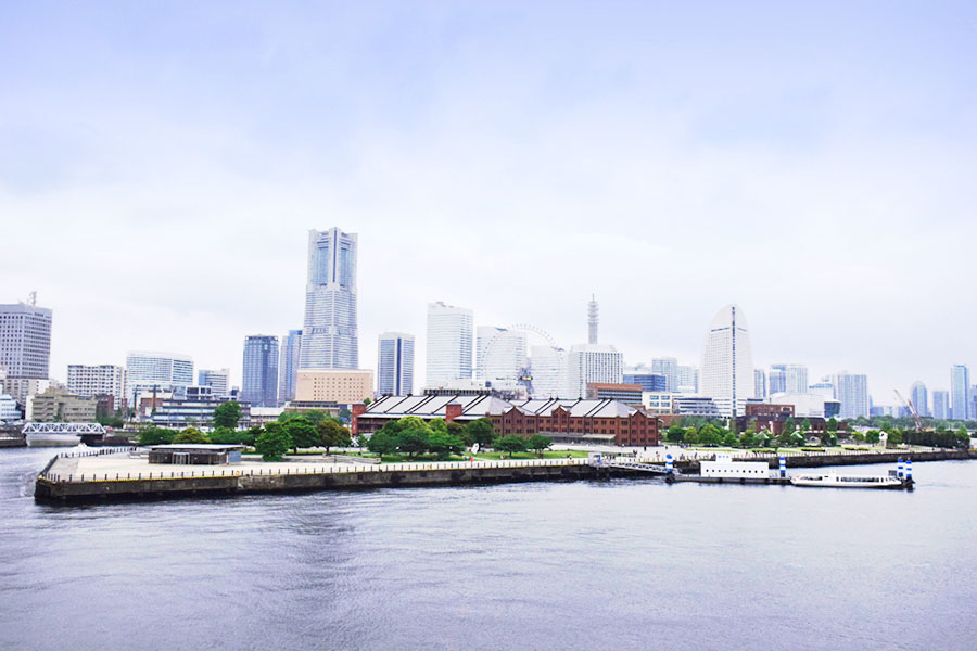 横浜港大さん橋国際客船ターミナル 海