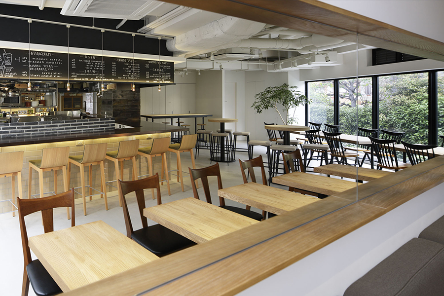 NODE UEHARA Cafe,Bar&Deli 内観